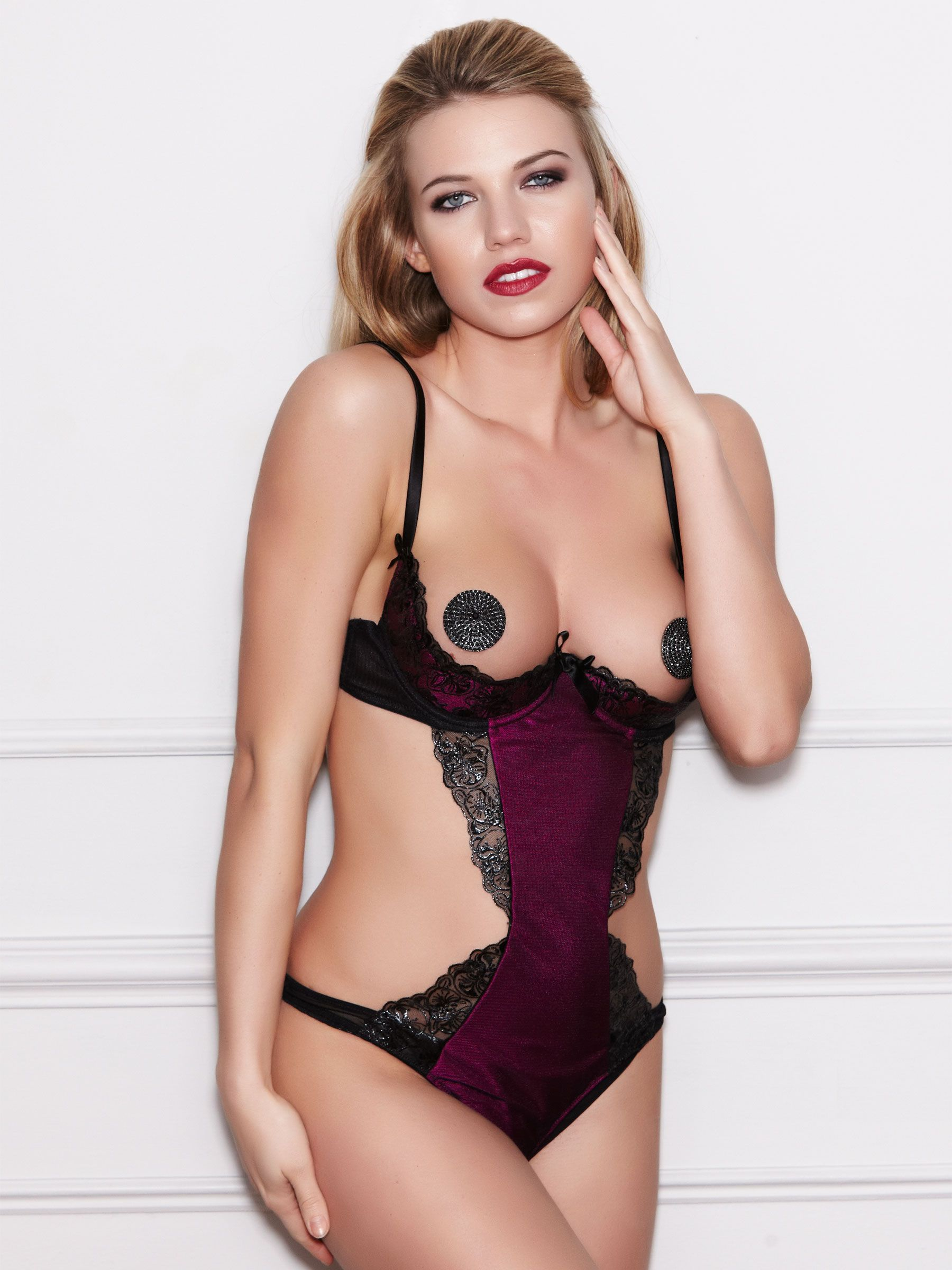 96f76e93a0 Garland Peep Body - Buy Online at Ann Summers