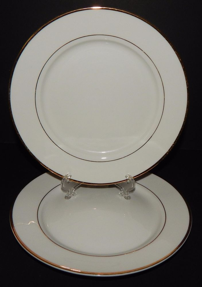 (2) GIBSON Designs Housewares Everyday BREAD PLATES China White with Gold Rim #Gibson & 2) GIBSON Designs Housewares Everyday BREAD PLATES China White with ...