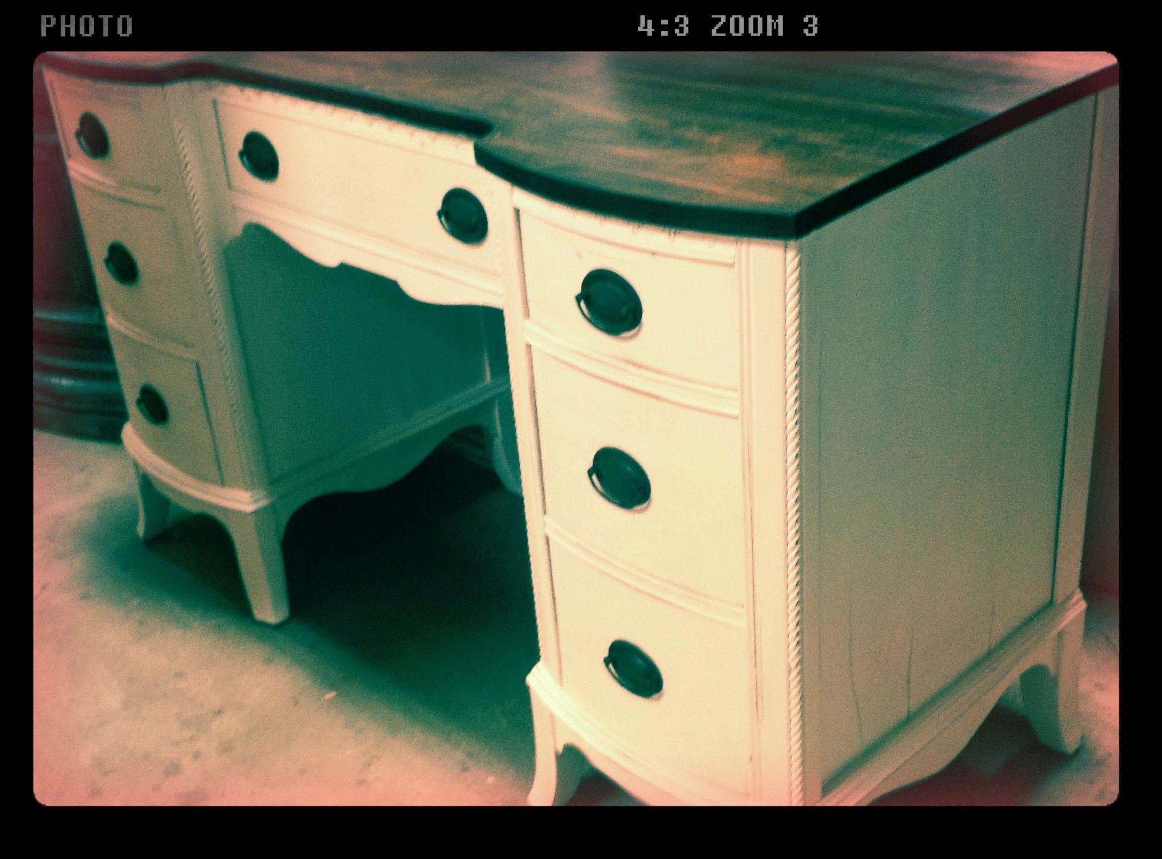 haddon alex kays collingswood nails ikea drawer setup of nail white salons ave unit fresh desk reviews elegant