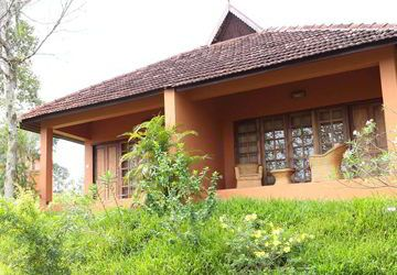http://www.dharmagiri.com/ Best ayurveda packages in kerala Dharmagiri is one of  the lush green hillock at the environs of Trivandrum – Kerala. The center expands itself to its calm and amply facilitated cottages, inducing oneself to the serenity of nature. The space at dharmagiri is shared between you and the herbs and trees that thrive freely entwined with the surroundings, harmonizing a natural rhythm within.