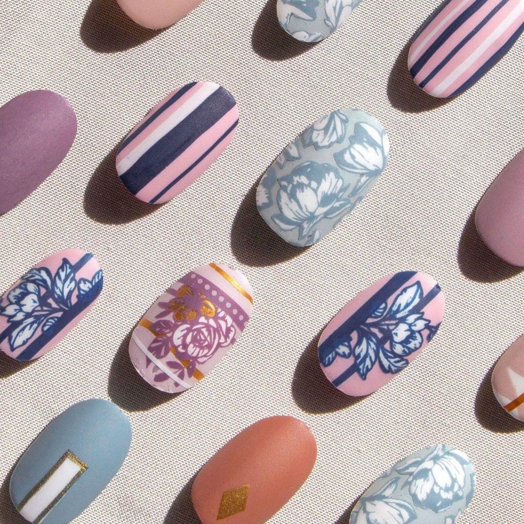 Is this nail art heaven? 💅⠀ ⠀ 👉 Plates - Flower Power 29⠀ ⠀ #moyoulondon #MYL #nailmail #DIYnails #nailblogger #nailpolishswatch…