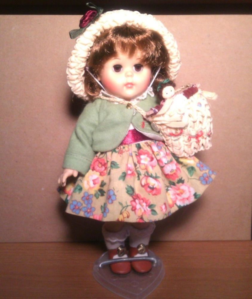 VOGUE GINNY DOLL -- THE DOLL COLLECTOR -- $15 !! #DollswithClothingAccessories