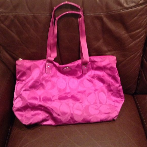 cd6caaa4f502 Coach travel bag Great gift for the holidays!!! Plus its pink!!! Bags  Travel Bags