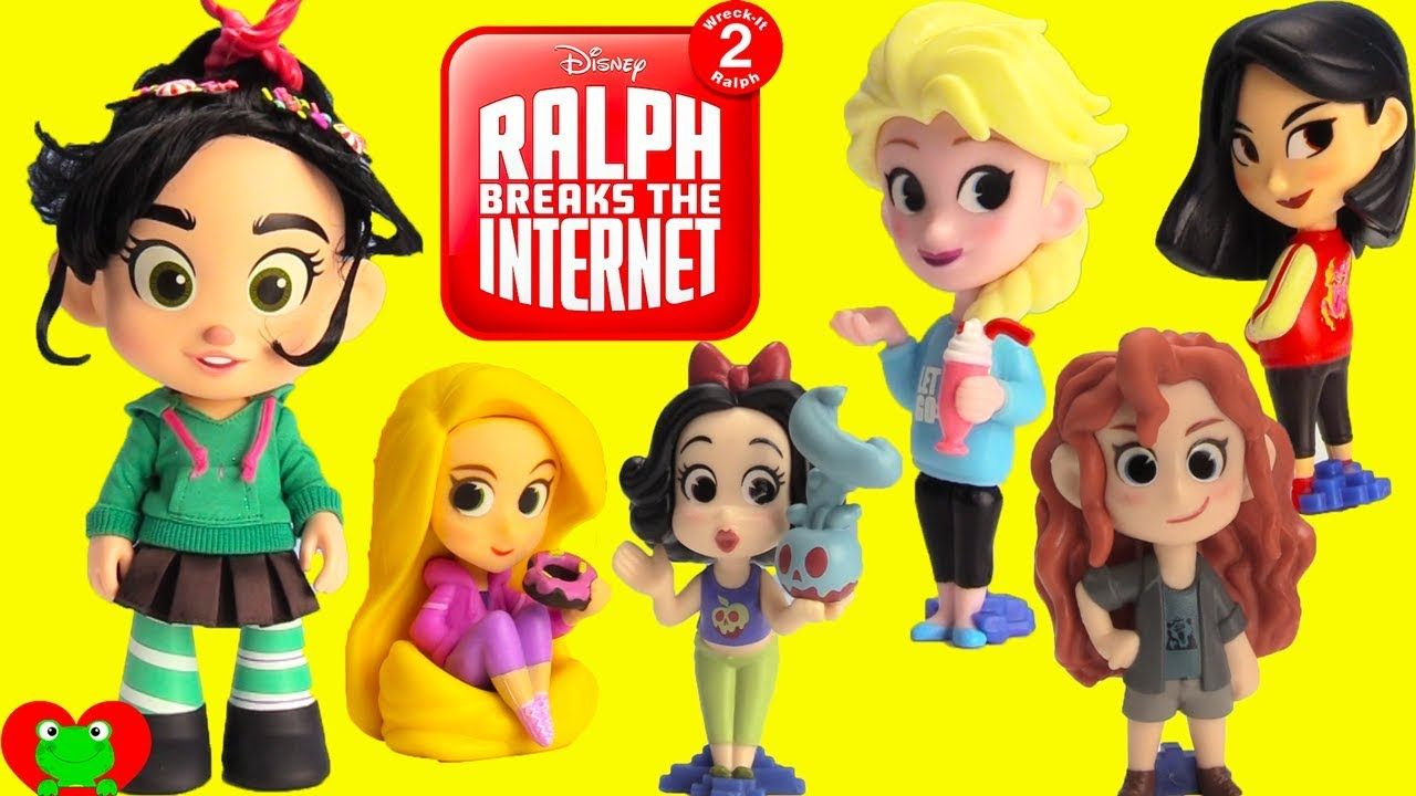 Ralph Breaks The Internet Vanellope And Disney Princess Rapunzel Mulan Hello Kitty Suitcase Disney Princess Rapunzel Tokidoki
