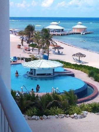 Marriott Grand Cayman Beach Resort View From Room At Looking Infinity Pool And Swim Up Bar
