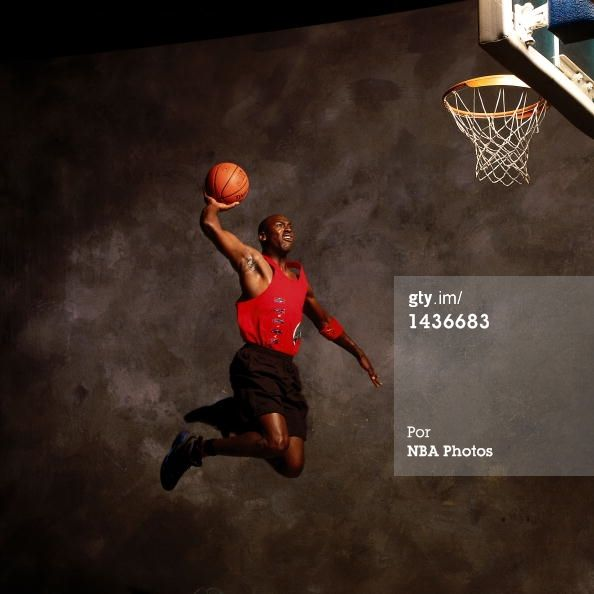 Fotografia de notícias : Michael Jordan of the Chicago Bulls poses for a...