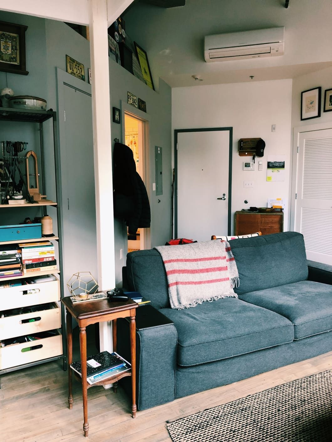 A Small Boston Studio Apartment Has One of the Best DIY