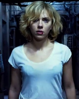 Lucy Beating Up Hercules At Friday Box Office Lucy Movie Scarlett Johansson Scarlett Johansson Lucy