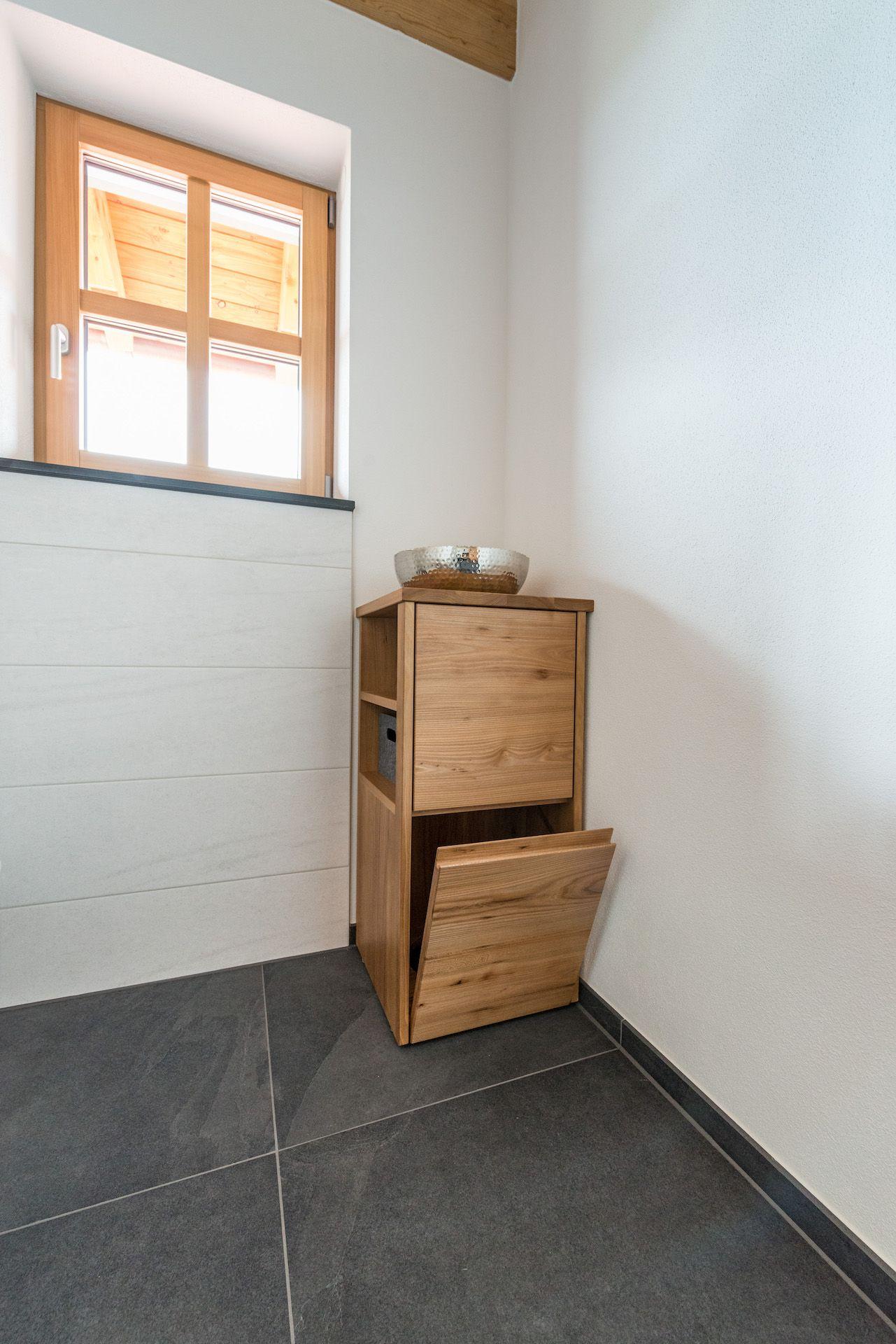 Wäscheschacht #bathroomlaundry