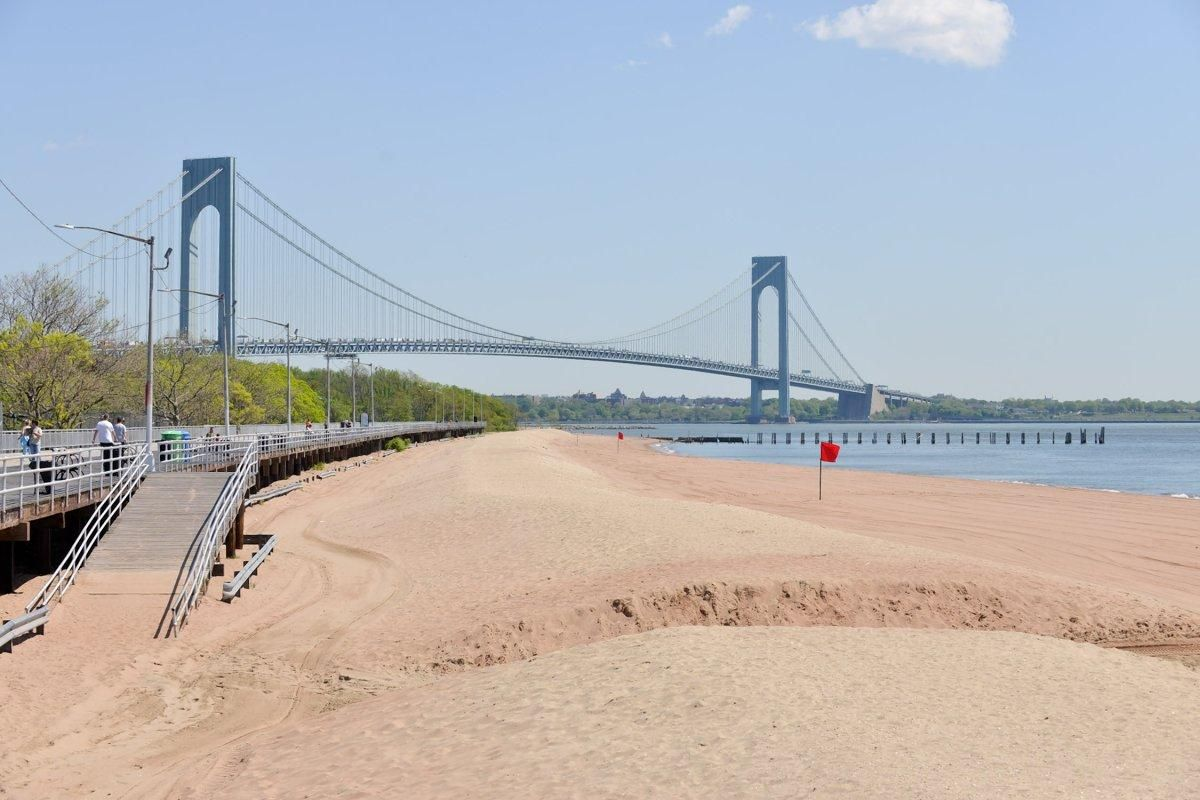 Beaches New York City Has Plenty Of Them Our Guide To S Sandy