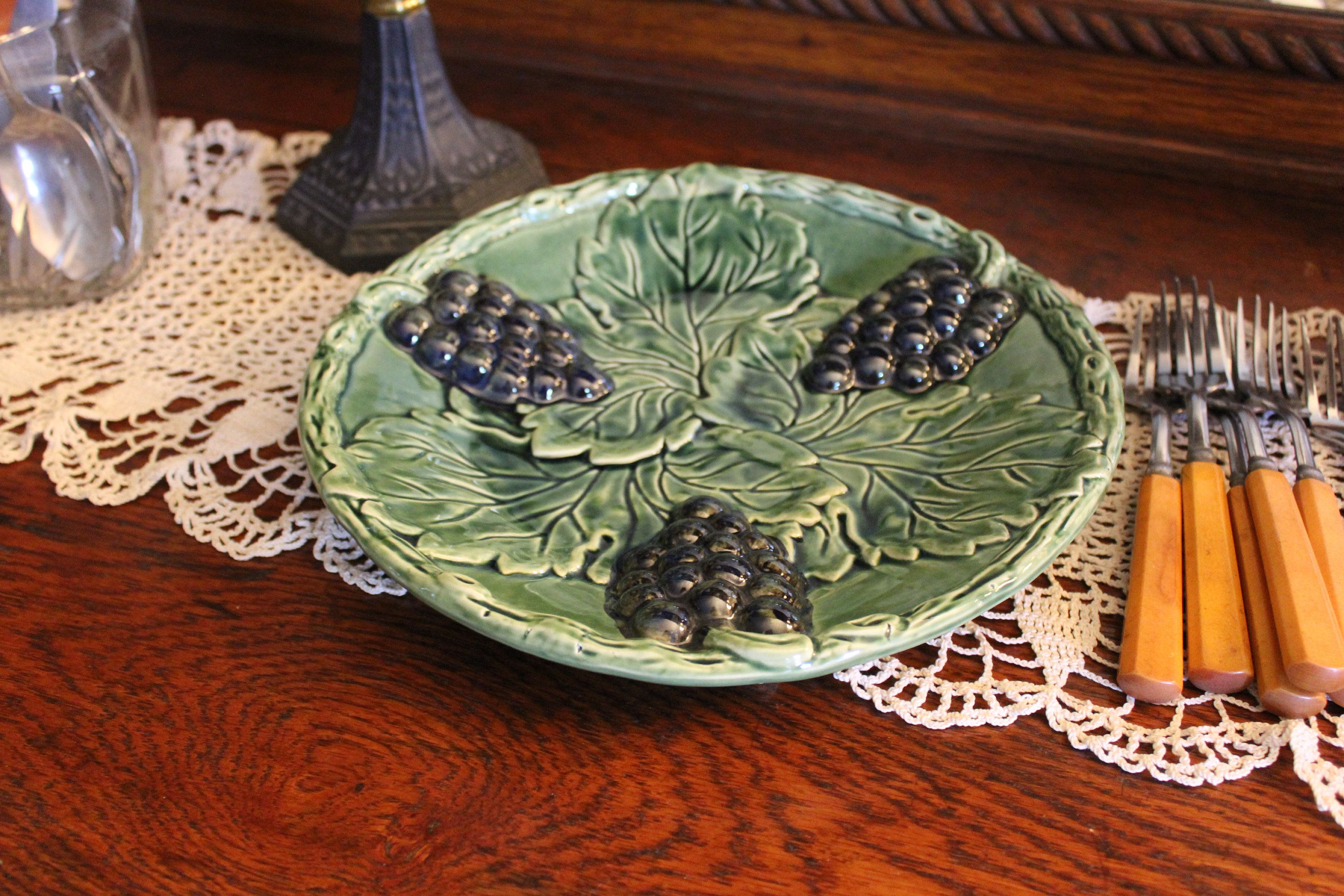 Ceramic Plate with Green Glass Glaze and Rattan frame Small