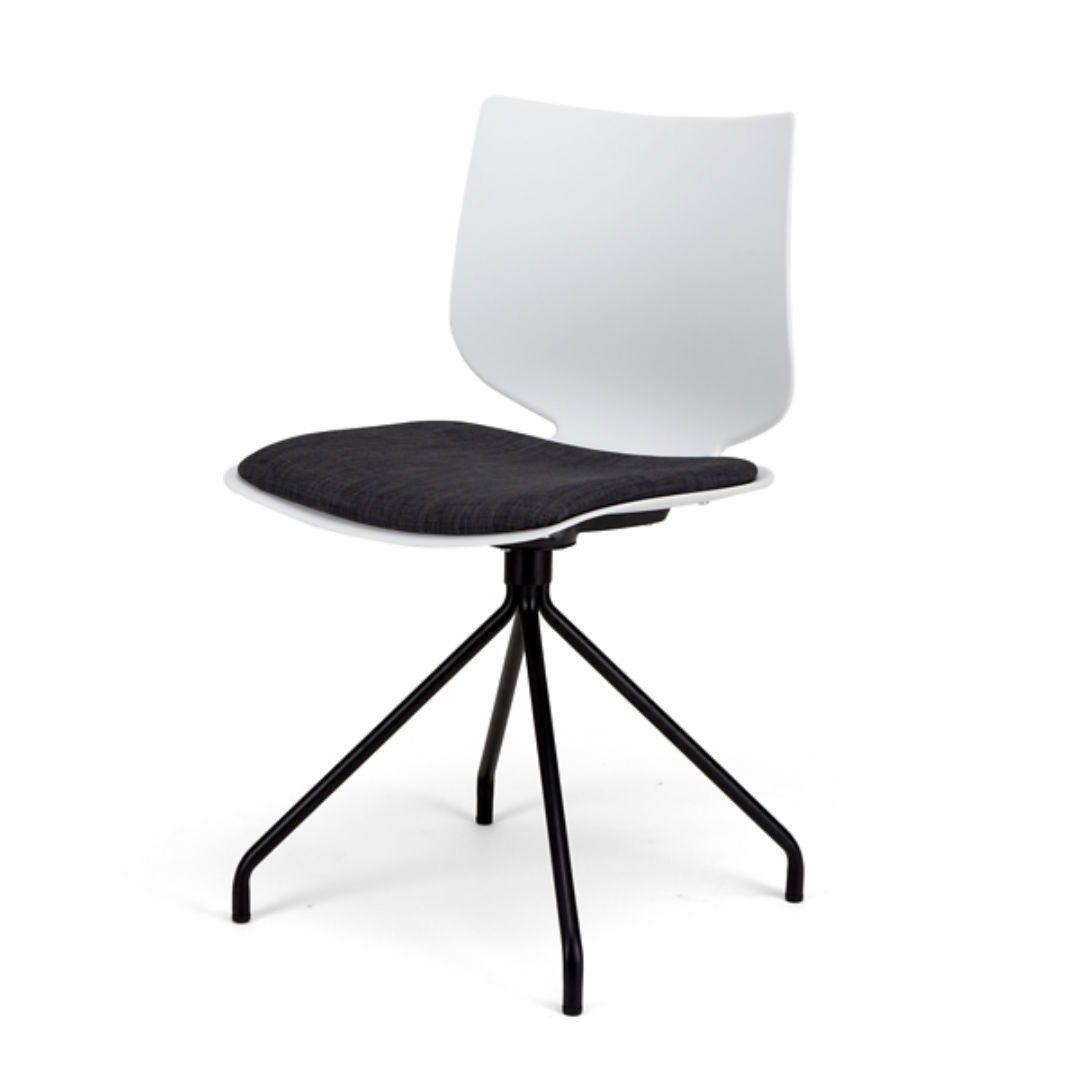 Tula Esszimmerstuhl Minimalistisches Design Fur Einen Cleanen Und Astehtischen Scandi Style Entdecke Jetzt Die Neue Stuhl Ser Stuhle Moderne Stuhle Haus Deko