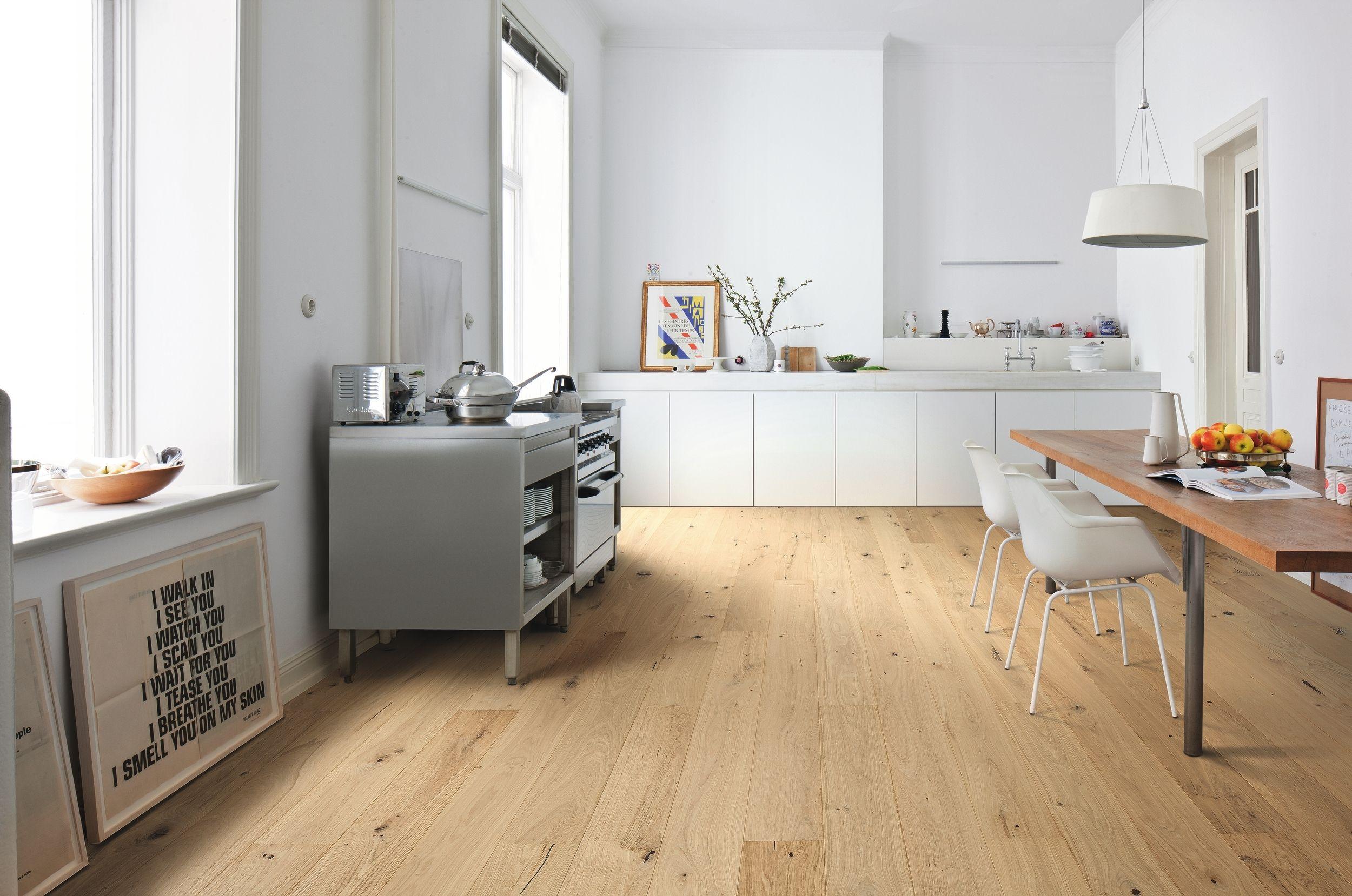 532586 haro parkett landhausdiele 4000 eiche naturel sauvage strukturiert 2v fase uv ge lt. Black Bedroom Furniture Sets. Home Design Ideas
