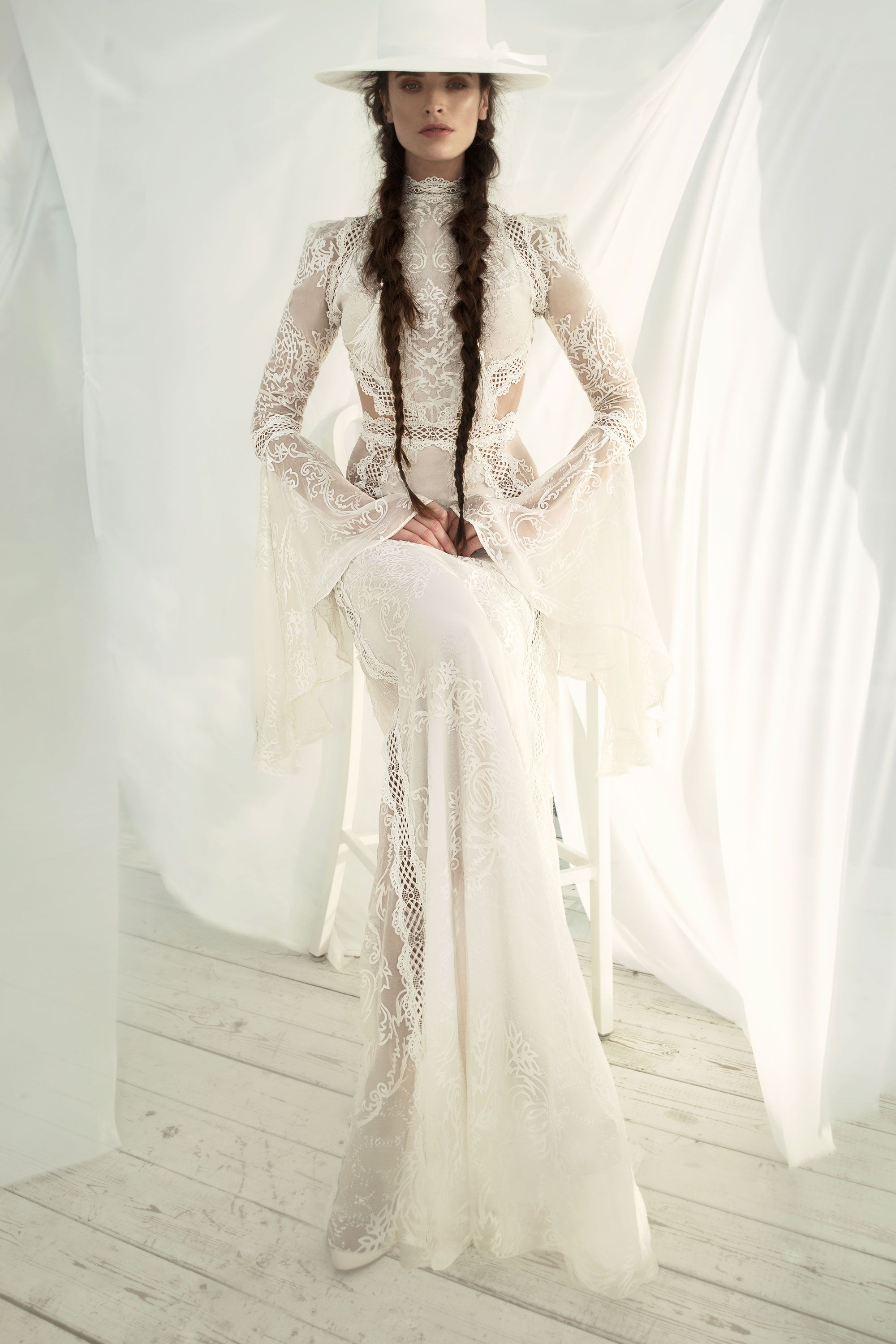 GREAT VICTORIA - Can this Wedding gown get any more epic? For the ...