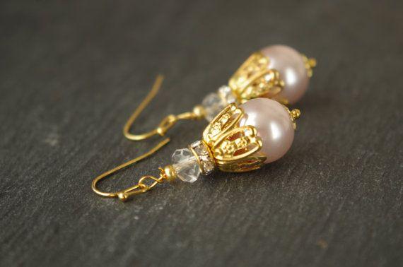 Boucles doreilles perle Champagne en filigrane dor perle