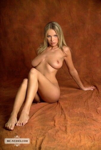 braun nude Anastasia
