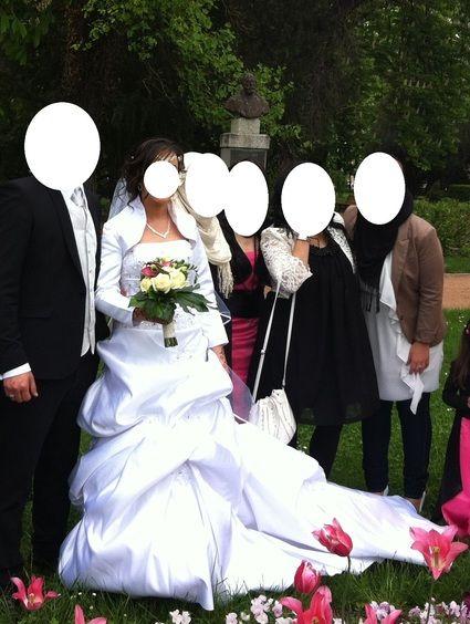 Robe de mariée avec Bolero d'occasion à Bourg en Bresse - Ain
