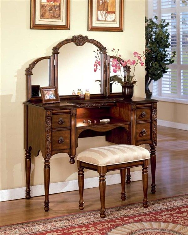 Antique Oak Makeup Vanity Table Set w/ Mirror | Furniture Pieces ...