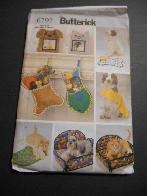 Butterick 6797   Dog Accessories Stockings by JustPatternsAnFabric, $9.99