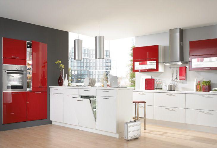 Küche in Rot #Kücheninsel www.dyk360-kuechen.de | Rote Küchen ...