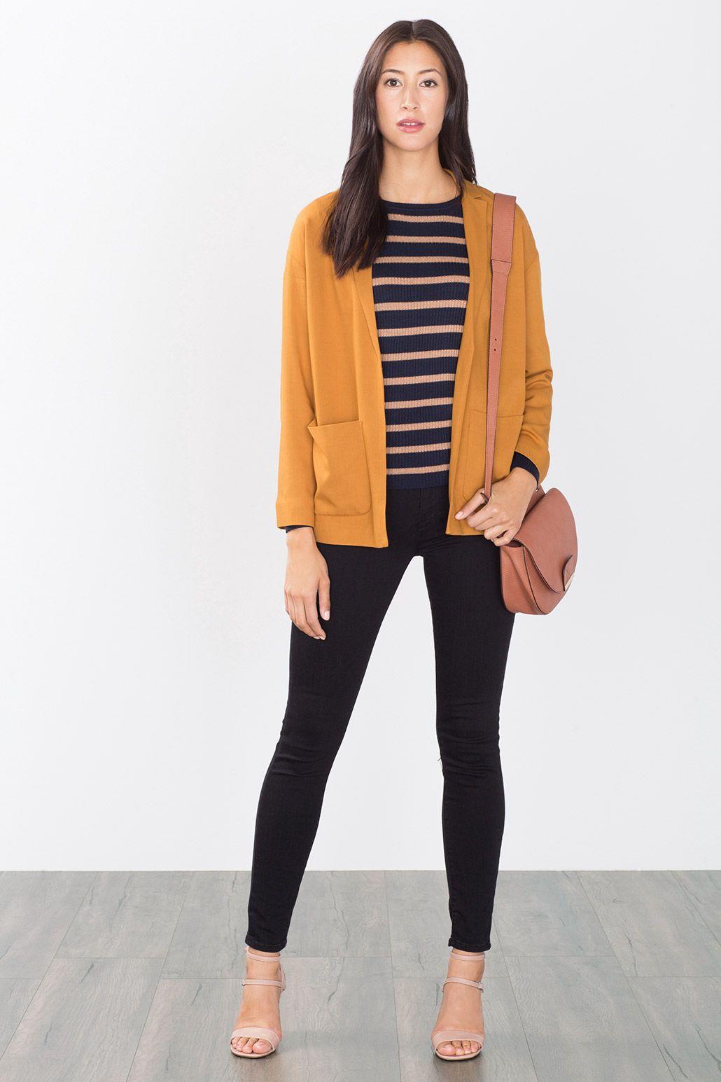 Schöner #Blazer in #Gelb mit aufgesetzten #Taschen von #Esprit. ♥ ab 79,99 €
