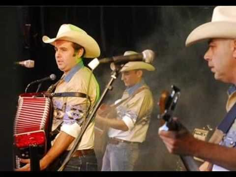 Corrido de Flaco Jimenez -The Spanish Conjunto San Antonio - YouTube