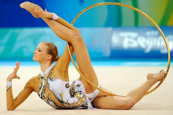 Resultado de imagen de fotos de deporte de gimnasia ritmica