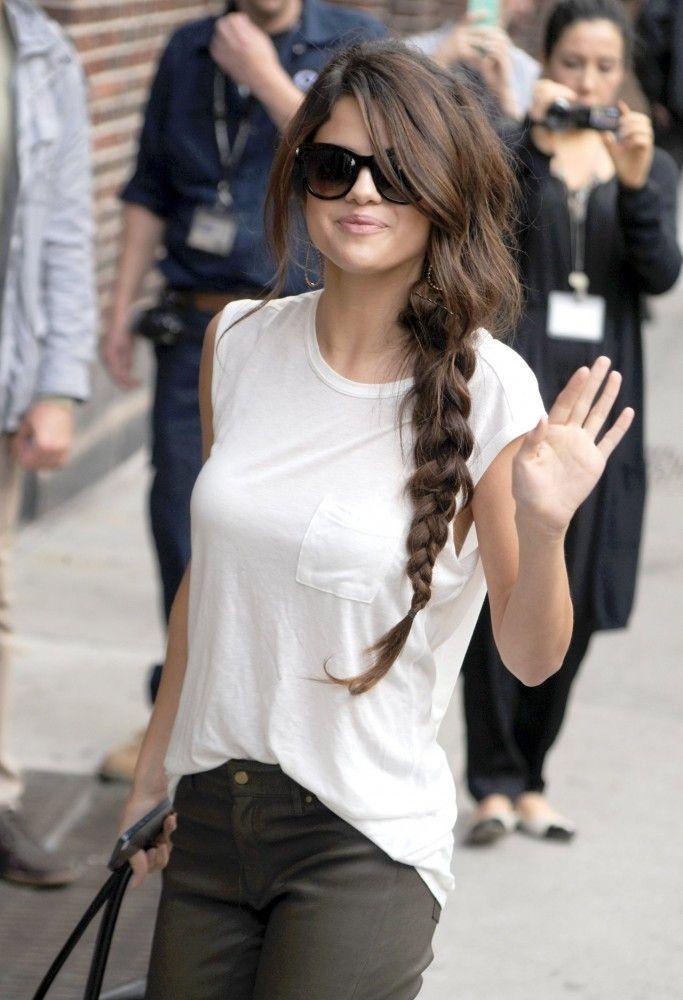 Selena Gomez S Messy Braid Selena Gomez Style Hair Styles Celebrity Hairstyles