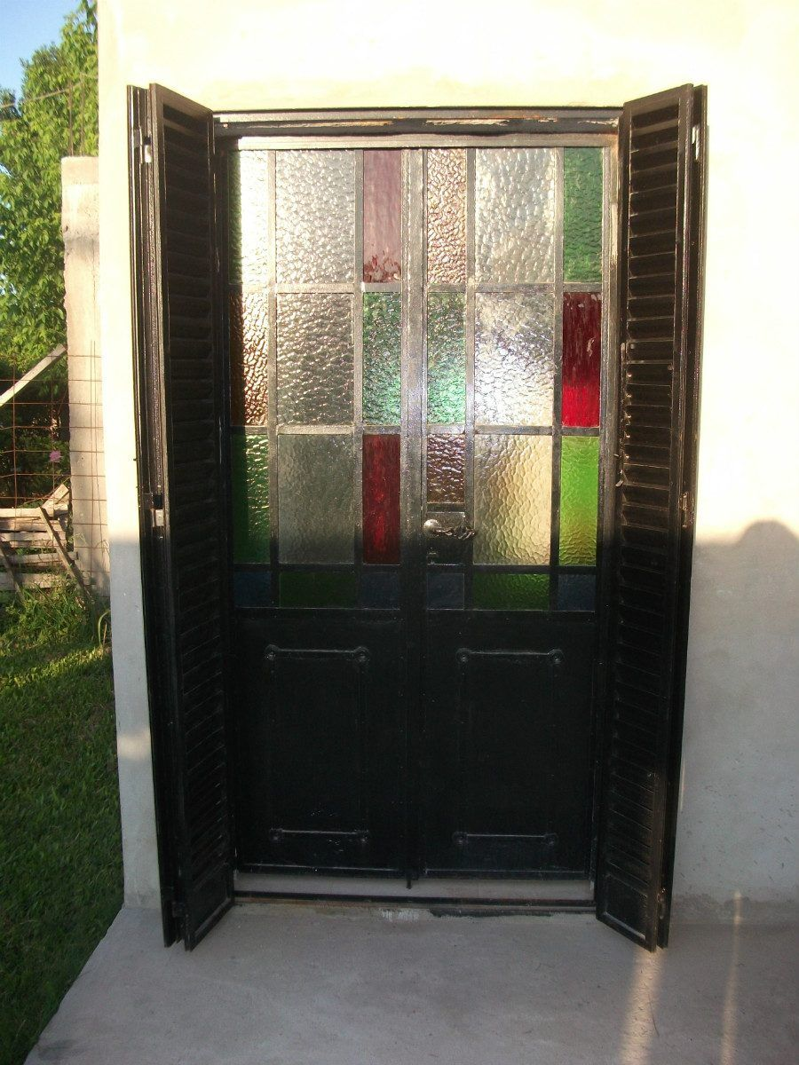 3 ventanas mamparas y puertas de hierro antiguas 1