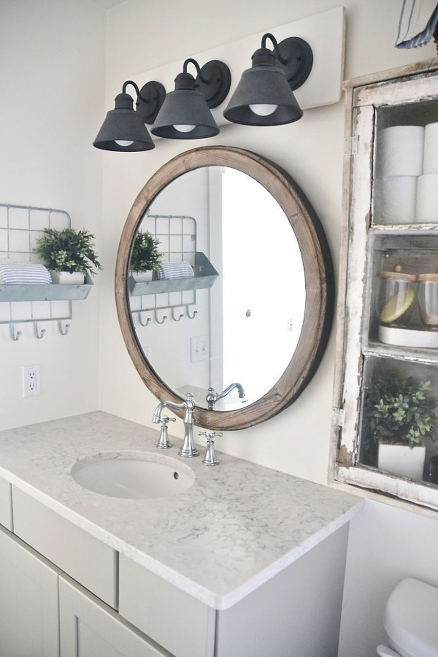 60 Rustic Farmhouse Style Bathroom Design Ideas | Farmhouse style ...