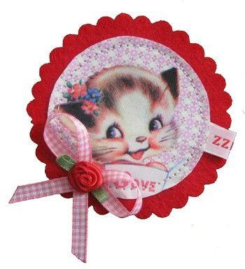 kitty Love brooch