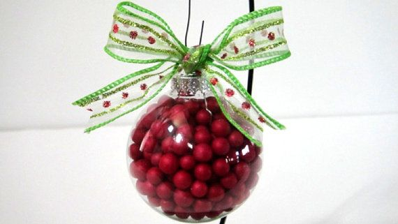 Cranberries in clear ornament - great for that natural or rustic Christmas tree