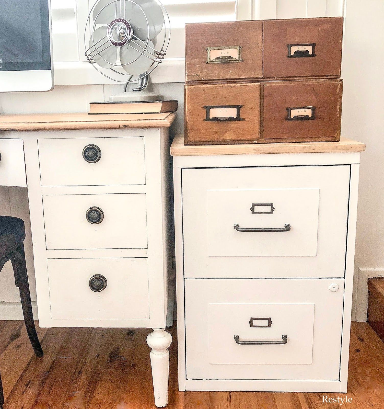 Farmhouse Style Filing Cabinet Makeover - Filing cabinet, File cabinet makeover, Cabinet makeover, Office furniture decor, Rustic filing cabinets, Farmhouse filing cabinets - This is one of those projects you complete, but forget to blog  Better late than never  I've had this black filing cabinet for a few years  I al…