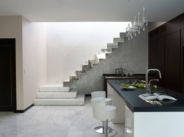 Carrara marble polished made in italy 18x18 premium grade stairs