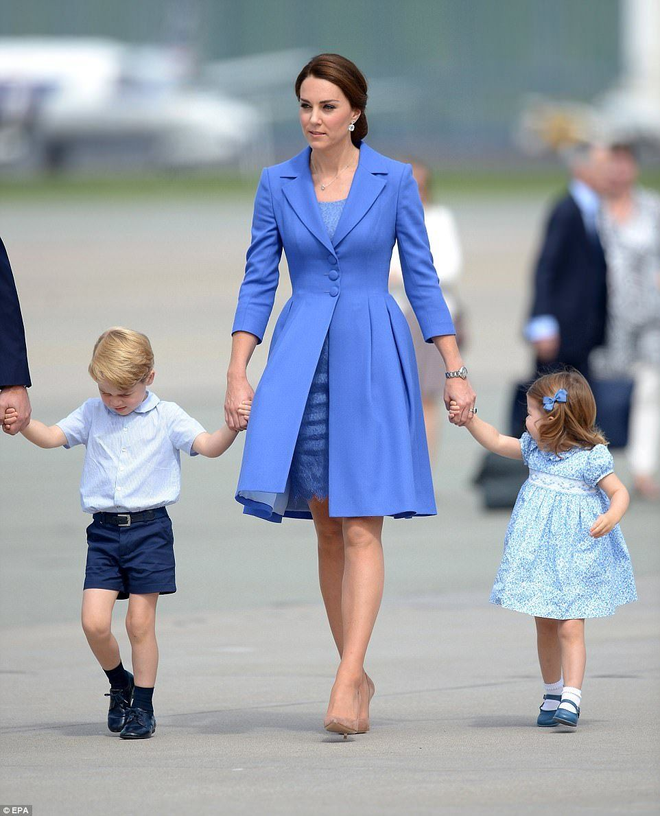Duchess kate prince george and princess charlotte at the