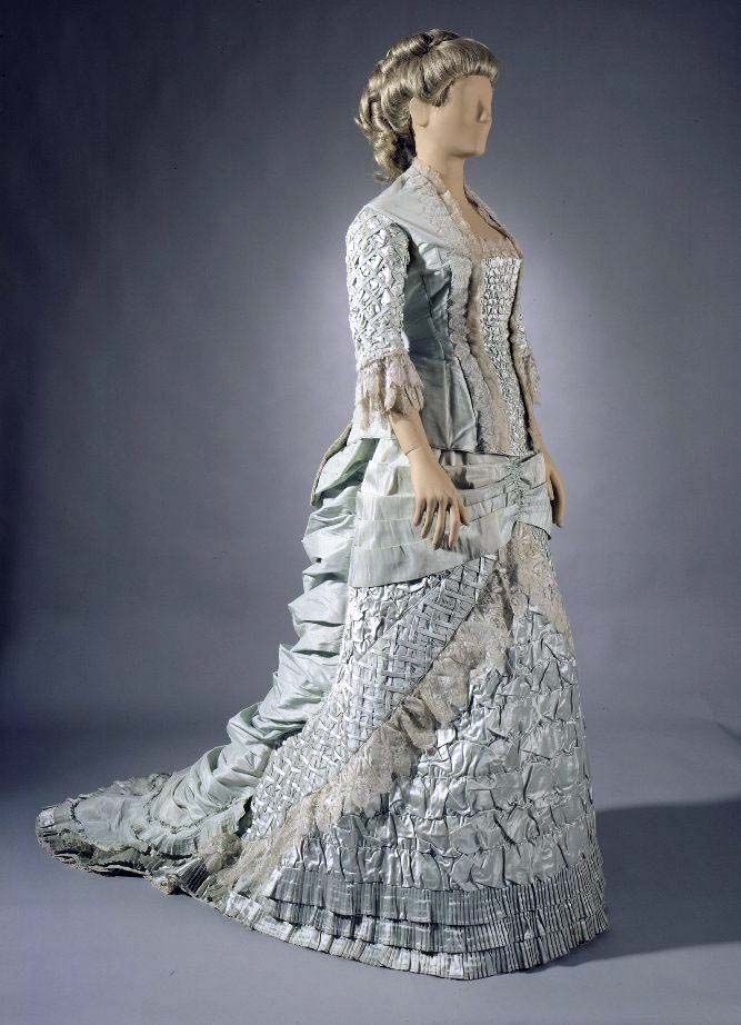 Dress, 1882, Finland, worn by Baroness Ernestine Leonie Doubitsky in her marriage
