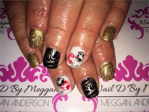 Day 33 hearts kisses nail art kiss nails and salons day 33 hearts kisses nail art prinsesfo Images