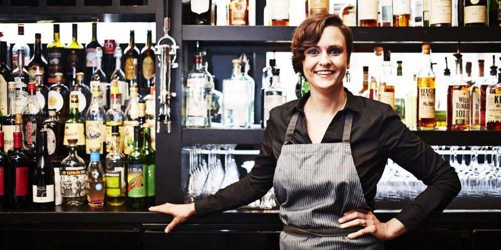Jennifer Knott, Head Bartender at 312 Chicago