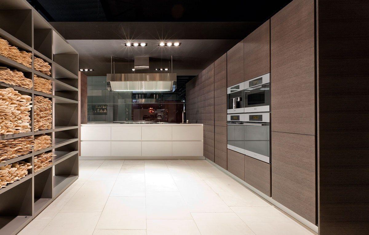 Varenna Küchen ~ Lacquered wooden kitchen twelve varenna by poliform kitchen