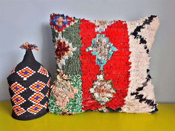 berber boucherouite cushion cover handmade coussin berbere boucherouite et berb res. Black Bedroom Furniture Sets. Home Design Ideas