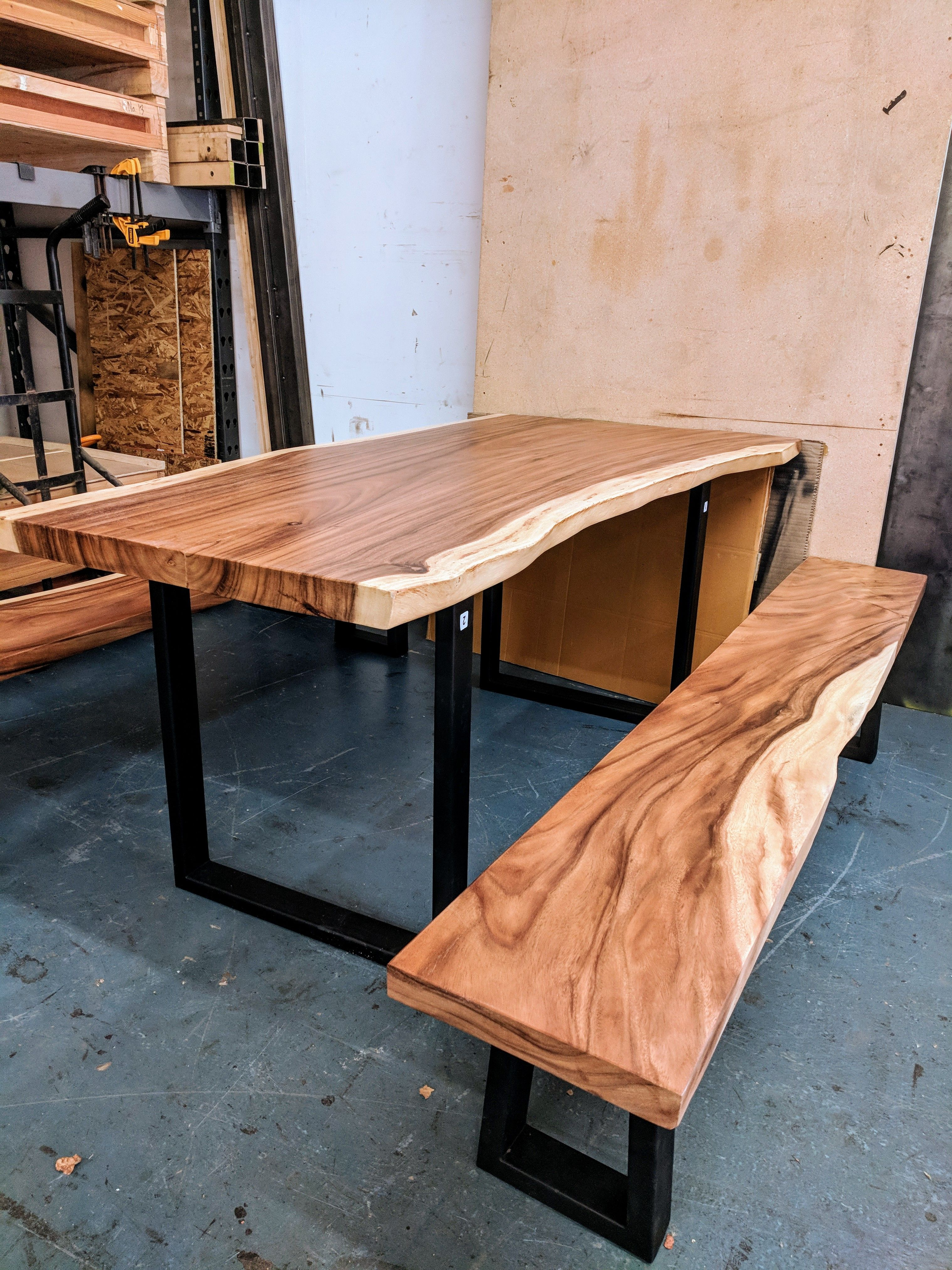 Live Edge Wood Bench Seat Ideal To Match With Live Edge Table As A Side Tabl Live Edge Furniture Design Live Edge Wood Dining Table Dinning Table With Bench