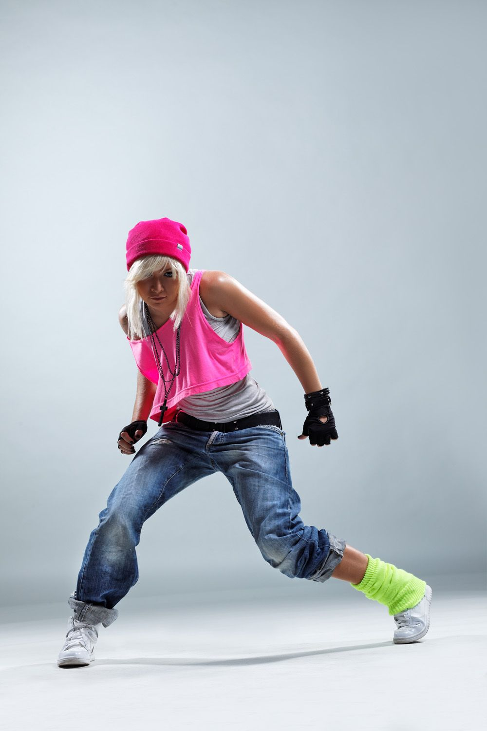 Medium Hairstyles 2011 Hip Hop Dance Wallpapers Hip Hop Dance Photography Dance Photography Poses Hip Hop Outfits
