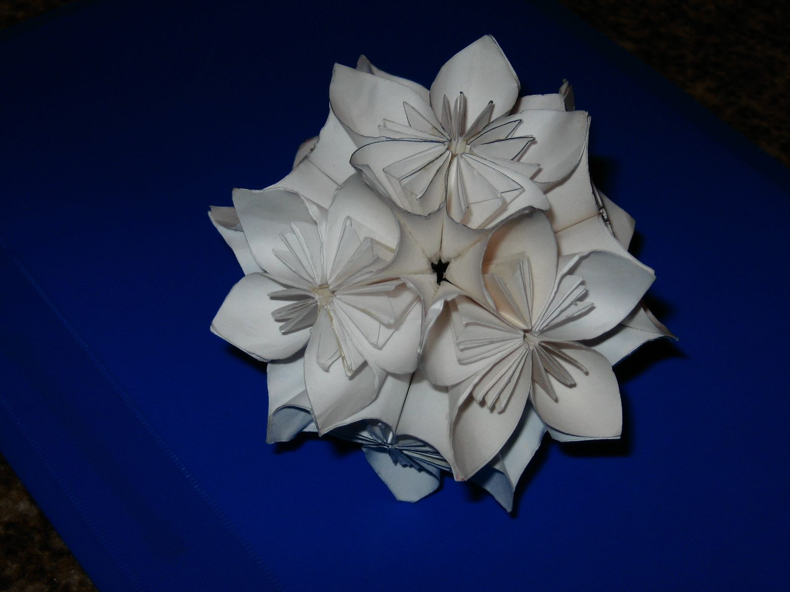 How to Make a Kusudama Ball in 12 Steps