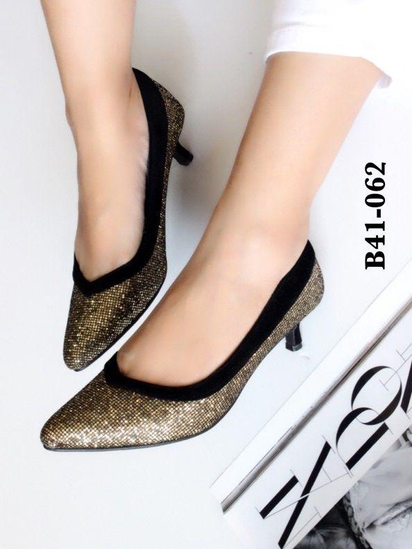 https://www.shoes-doodee.com/category/3/
