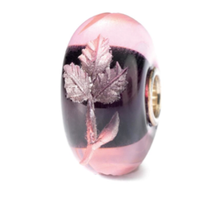 The new Engraved bead in Fuchsia from the Autumn 2013 Collection #fuchsia #engraved #autumn #2013