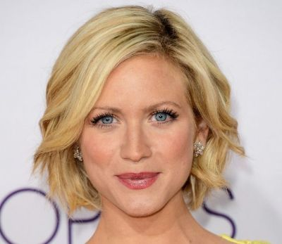 Fantastic Wavy Bobs Brittany Snow And Short Wavy On Pinterest Hairstyles For Men Maxibearus