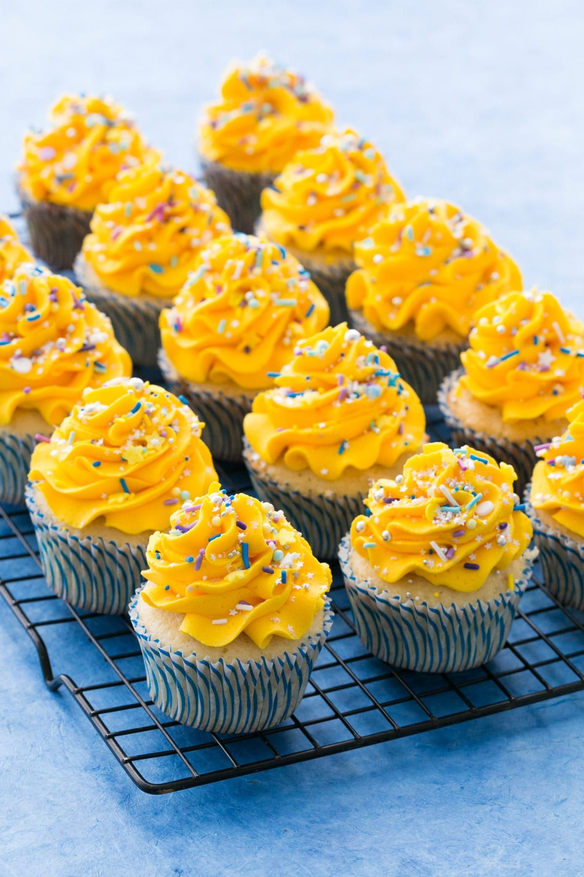 Banana Cupcakes With Banana Mousse Filling Go Preds Recipe