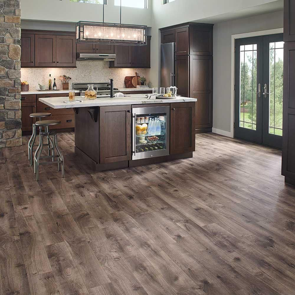 Laminate Flooring For Kitchens Pergo Xp Southern Grey Oak 10 Mm Thick X 6 1 8 In Wide X 47 1 4
