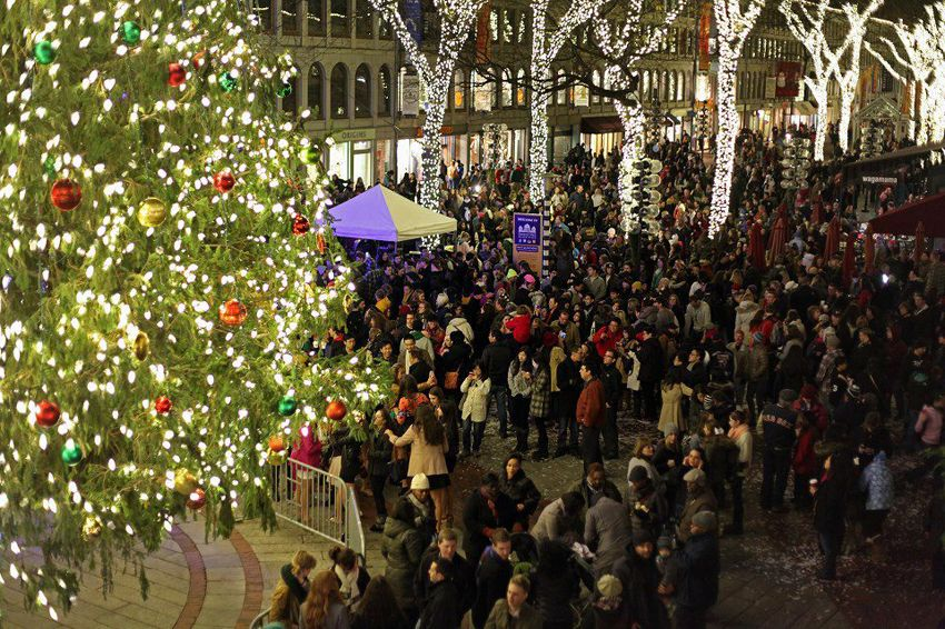 Christmas Tree Lighting Ceremony at Faneuil Hall Marketplace & Christmas Tree Lighting Ceremony at Faneuil Hall Marketplace ...