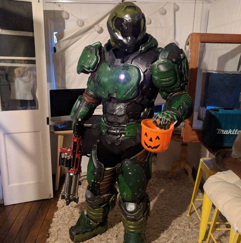 Cosplay And Photo By Scrap Shop Props Video Game Cosplay Doom Doom Game